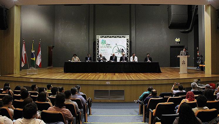 Seminário de Iniciação Científica apresenta resultados das pesquisas desenvolvidas por alunos do Programa Institucional de Bolsas