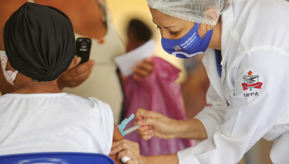 03.02.2021 Vacinação de idosos Foto Alexandre de Moraes 5