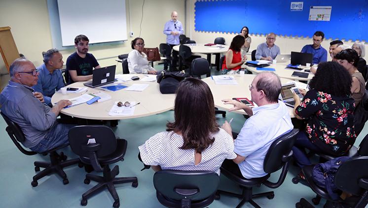 Coordenadores de projetos de Instituições de Ensino Superior contemplados no Procad participam de seminário