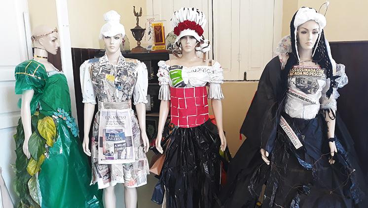 Resultados de trabalhos dos alunos do 2º ano do Curso de Licenciatura em Teatro são vistos em exposição